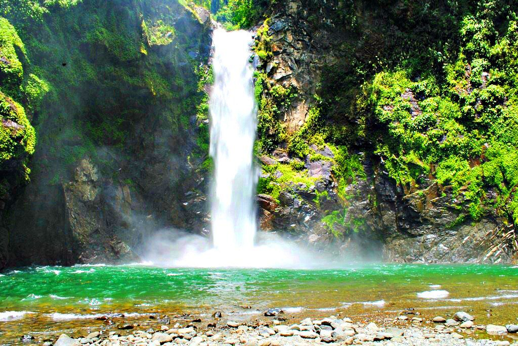 Tappiyah Falls. One of the tourist spots of Ifugao.
