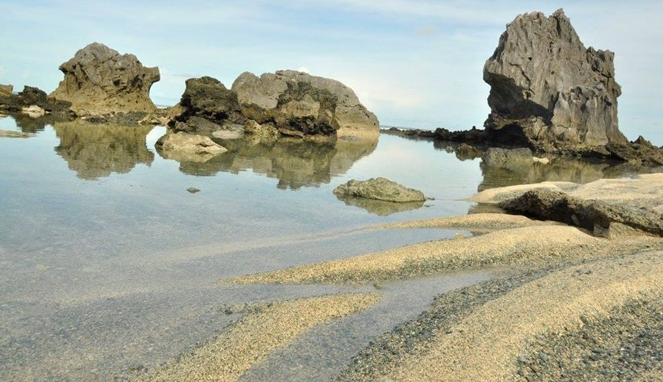 Dicasalarin Cove is one of the tourist spots in Aurora province.
