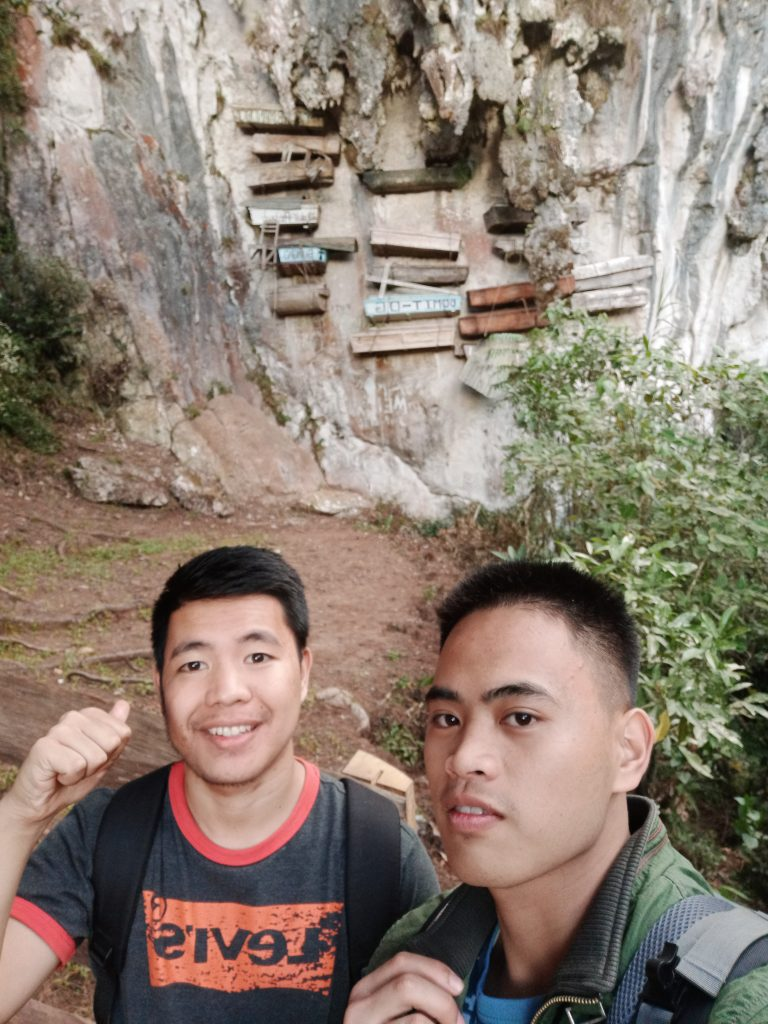 Selfie at Sagada hanging coffins