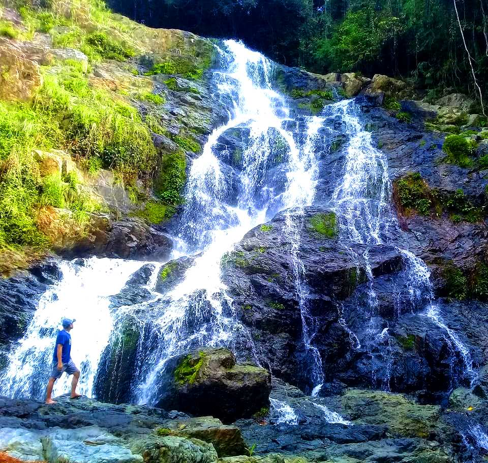 Busay de Gracia Falls is one of the best tourist spots/attractions in Masbate province