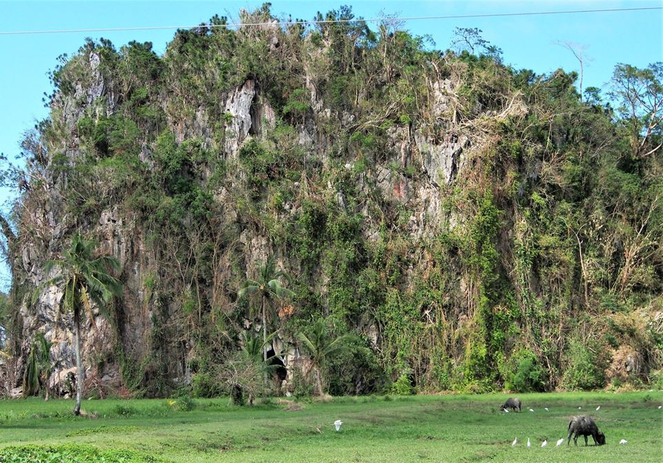 Balisong Cave is one of the best Capiz tourist spot