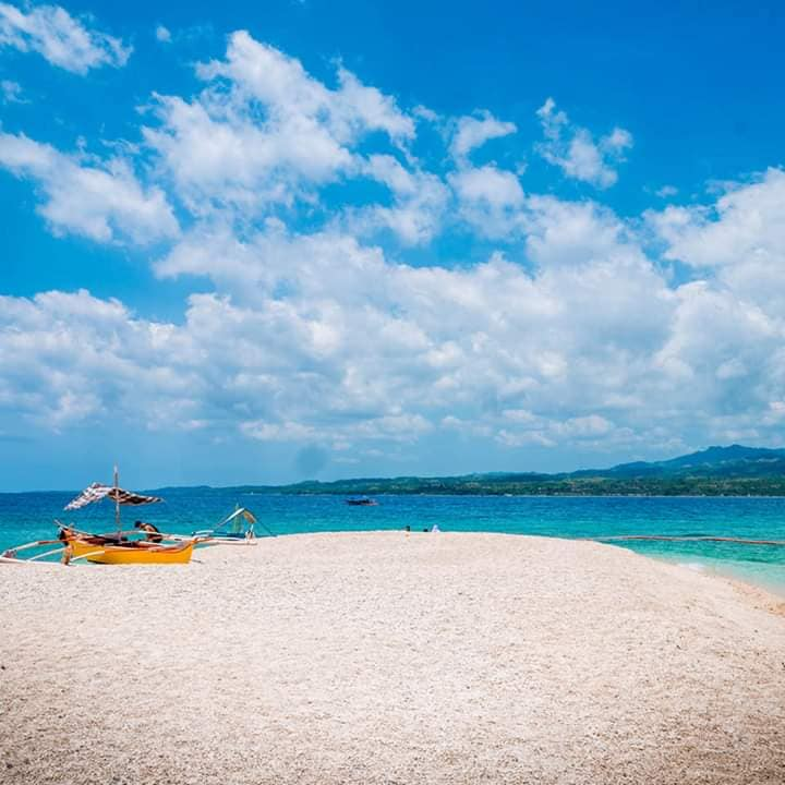 Tres Reyes Island is one of the best tourist spots/attractions/destinations in Marinduque